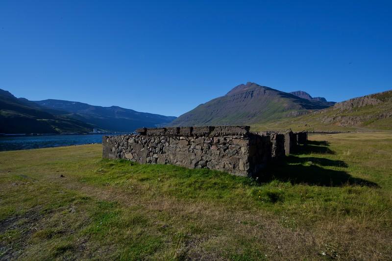 Ruine im Seydisfördur