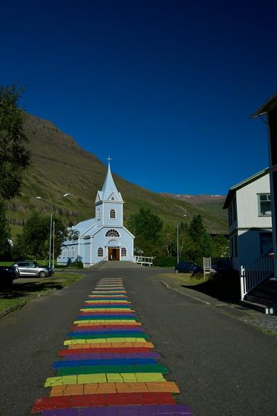 Blaue Kirche in Seydisfjördur