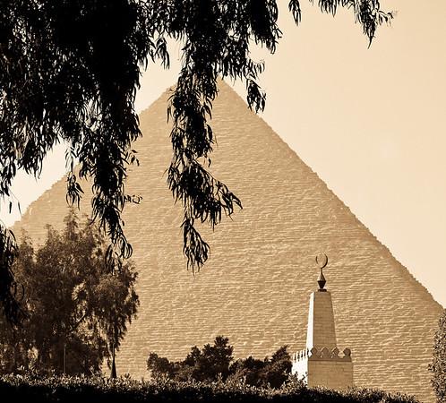 Pyramids at Giza 2011
