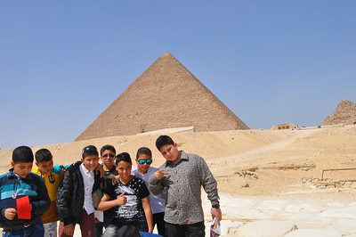 This sweet English class swooped up my friend Monika and I at the pyramids to practice their new English.