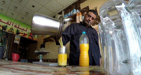 Love our little corner juice bar with freshly squeezed orange juice and sugar cane juice.