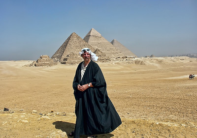 Sheik Steve at the Pyramids