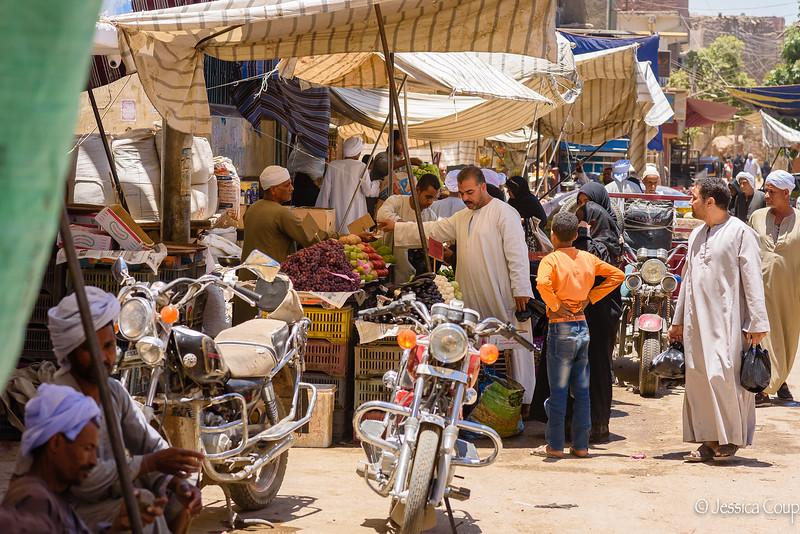 Esna Market