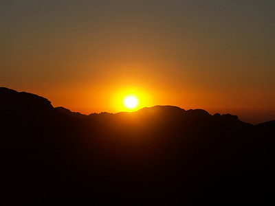 mount-sinai-sunset