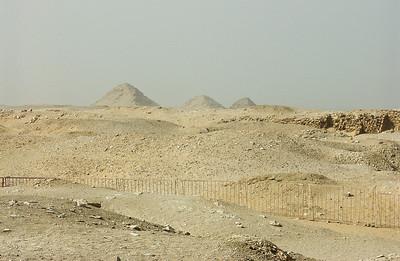 egypt-saqqara-pyramids