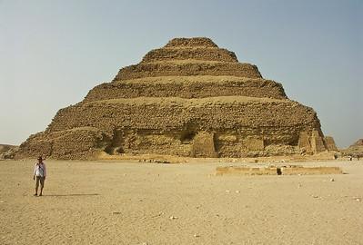 egypt-pyramid-saqqara-2