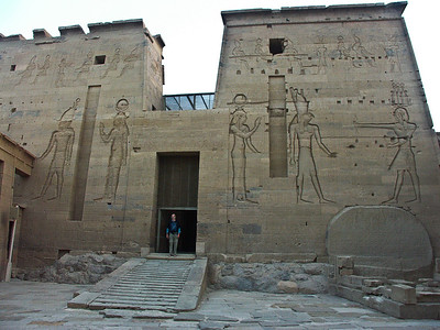 isis-temple-egypt-2