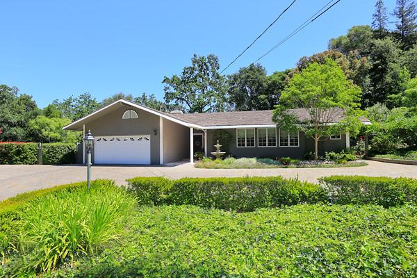 15250 Peach Hill Rd, Saratoga CA 95070   MLS