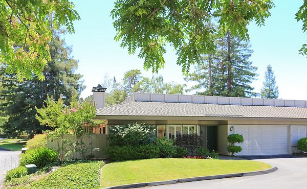 22 Bay Tree Ln Los Altos Hills