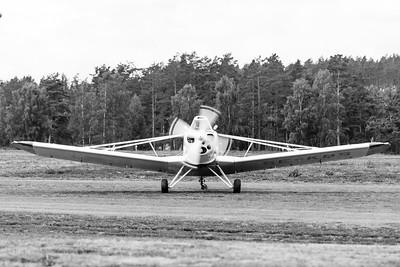 SE-KBS turning on runway