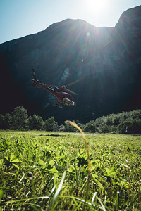 Veko 19_Base jumping_Gudvangen_Photo by Carl van den Boom