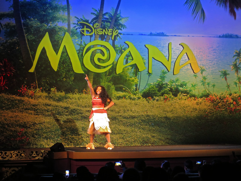PICTORIAL: MOANA at the El Capitan brings Disney's newest princess to life on stage!