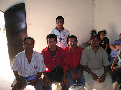 at Virginia; seated at left, Apolonio Amaya; Dagoberto Amaya 2nd from left; and Bernardo at right.  Reina and Dr. Melvin in the background at right.