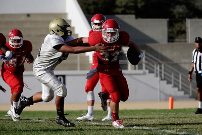 El Dorado Freshman vs Fullerton at Fullerton HS Stadium in Fullerton, California on September 10, 2015. Photo: Chris Anderson/114photography