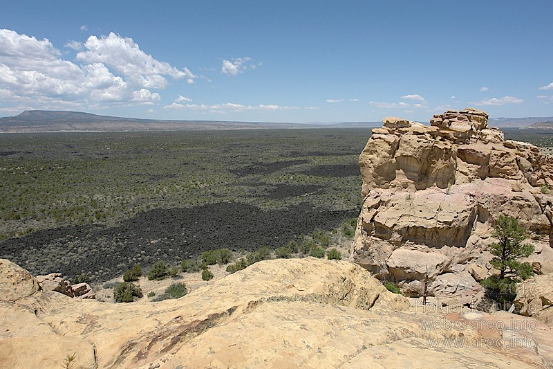 Sandstone Bluffs Overlook (2)
