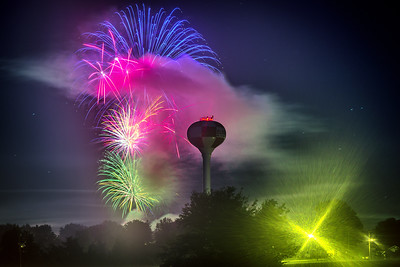 Eldon Fourth of July Fireworks - 2016-1-20