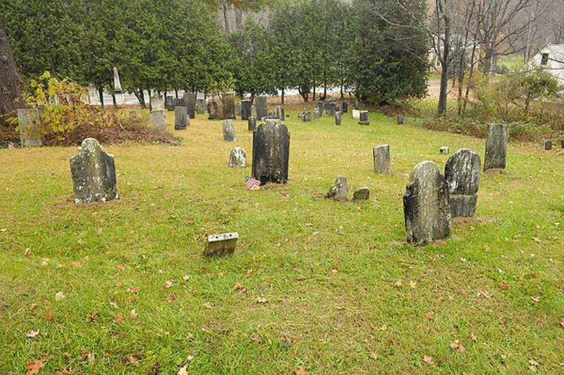 """Headstones in the area of the """"Sunderlin"""" headstone.  That stone (from the previous picture), is the small, white one, center left."""