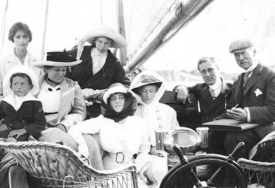 FDR and Eleanor and others at Campobello 1909. Franklin D. Roosevelt Library archives