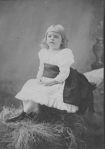 Eleanor - portrait - Huntington, Long Island, New York 1887. Franklin D. Roosevelt Library archives