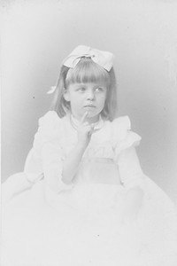 """Eleanor - portrait - New York, New York """"Scolding Father"""" 1889. Franklin D. Roosevelt Library archives"""