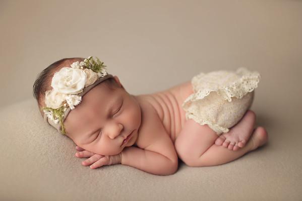 eleanor newborn