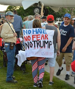 Trump-rally-protest-(39)