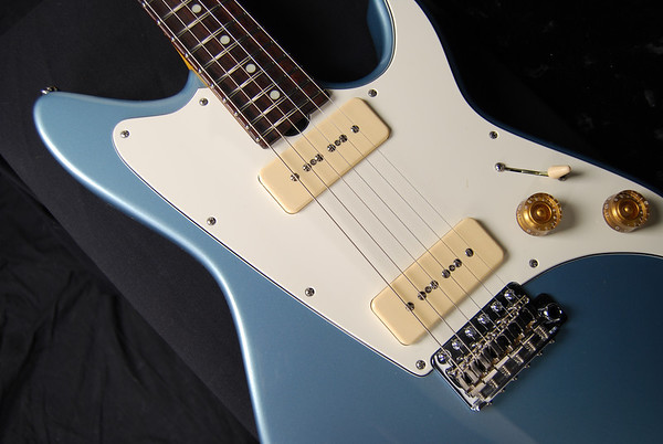 ElectraJet Custom, Ice Blue Metallic, G90 Pickups