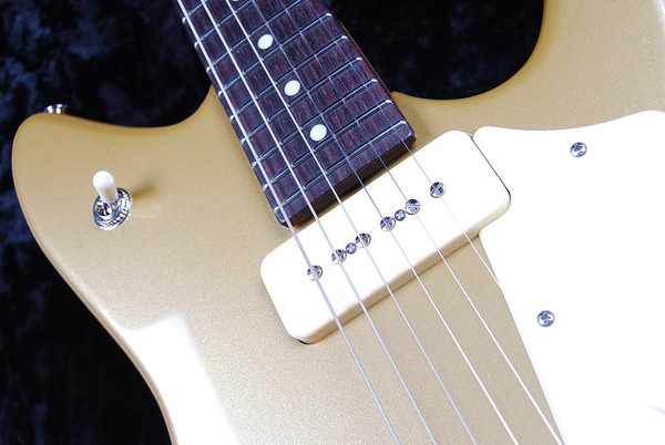 ElectraJet Special, Gold Top, G-90 Pickups