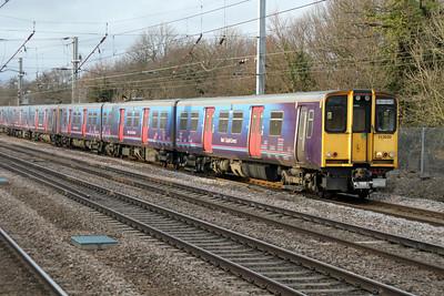 313030 Welwyn.G.City-Moorgate service past Welham Green 17/02/12