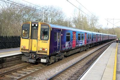 313054 1114/2B50 Moorgate-Hertford North seen at Bayford   03/01/18