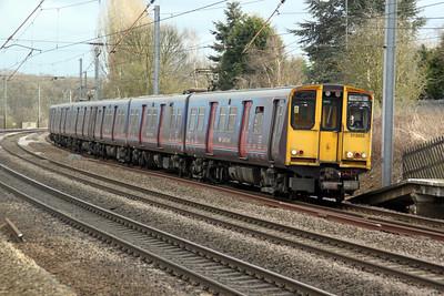 313055 on a Moorgate-Welwyn.G.C service 17/02/12