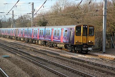 313039 on a Welwyn.G.City-Moorgate service past Welham Green 17/02/12