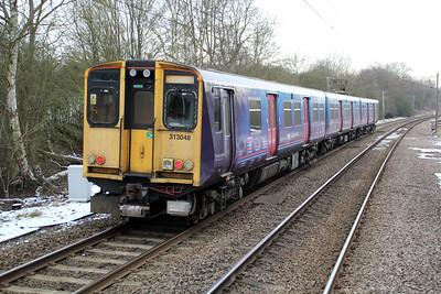 313048 Departs Bayford wth a Moorgate-Letchworth service  17/01/13.