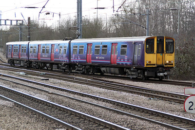 313054 arrives at Welwyn Garden City from Moorgate 08/03/12