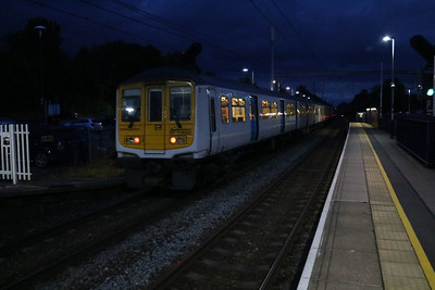 319002 2059/2v45 Luton-Sutton departs Harpenden on possibly its last service train, before going to Long Marston for store   12/08/17