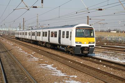 321446 1327-5L21 Doncaster-Ilford passing Peterborough 07/02/12