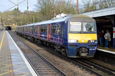 321404 1324/2P45 Peterborough-Kings Cross at Welwyn North   09/01/16
