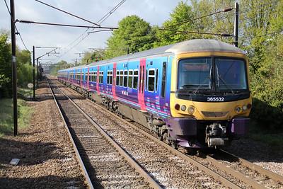 365532 passes Welwyn North heading for Cambridge/Peterboro 11/05/13.