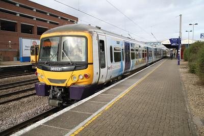 365531 departs Welwyn Garden City for Kings Cross 08/03/12