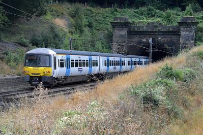 365523 emerging from Welwyn Tunnels  28/08/16
