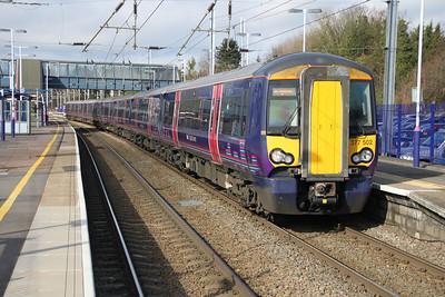 377502 on a Brighton service at Harpenden 24/02/12