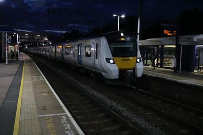 700007 2112/1w65 Bedford-Brighton at Harpenden   12/08/17