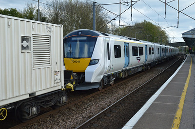 700041 passes Hertford North on 6X71 D.Moor-Hornsey delivery move  12/04/17