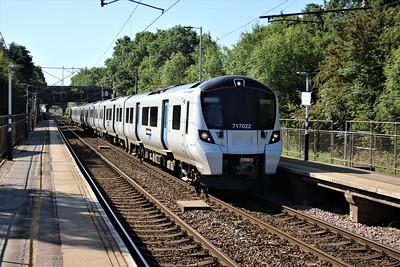 717022 arrives at Watton at 0911/2F14 Moorgate to Watton-at-Stone service   25/05/20