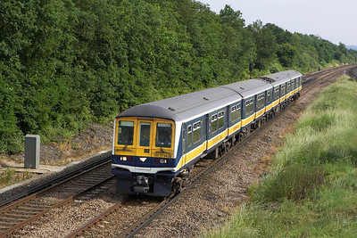 319430 is pictured passing Salfords on 20/06/2055 working 1B38 1604 Brighton-London Bridge.
