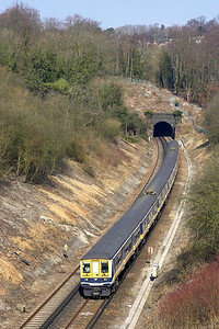 319459+319441 form 2T29 0957 Bedford-Brighton on 23/03/2006 pictured shortly after exiting Quarry Tunnel.