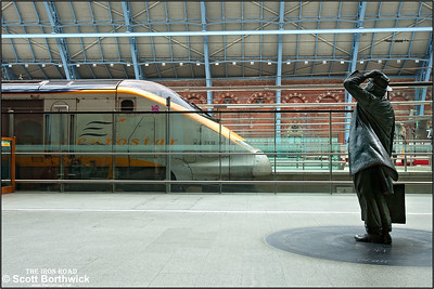 3108 arrives at journeys end with 9129 1220 Brussels Midi-London St Pancras International on 16/10/2011.