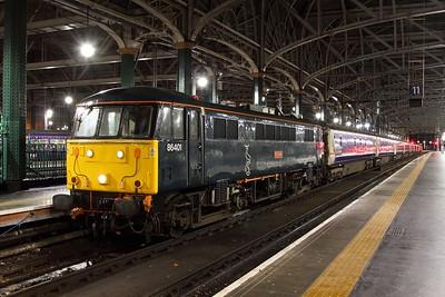 86401 tnt 90042 on the 5M11 Polmadie to Glasgow Central ECS at Glasgow Central on the 15th January 2016
