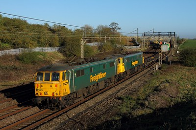 86605+86609 on the 4L89 Coatbridge to Felixstowe at Old Linslade on the 20th April 2016