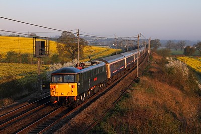 87002 on the 1M16 Inverness to London Euston at Blisworth on the 21st April 2015
